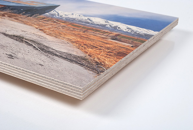 photo-printed-on-birch-wood-corner-view